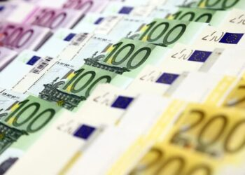 Euro rises to highest in more than two years as optimism builds